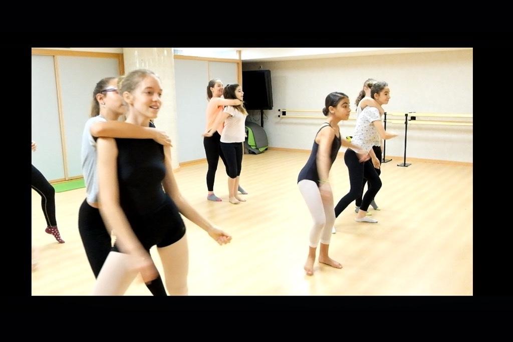 e58bcfcce79f escuela-danza 10
