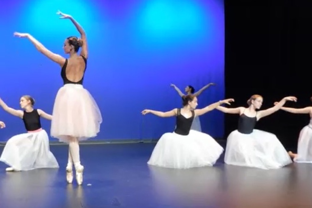 fb5ddcca8353 escuela-danza 11